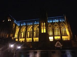 la cathédrale de Metz, de nuit.